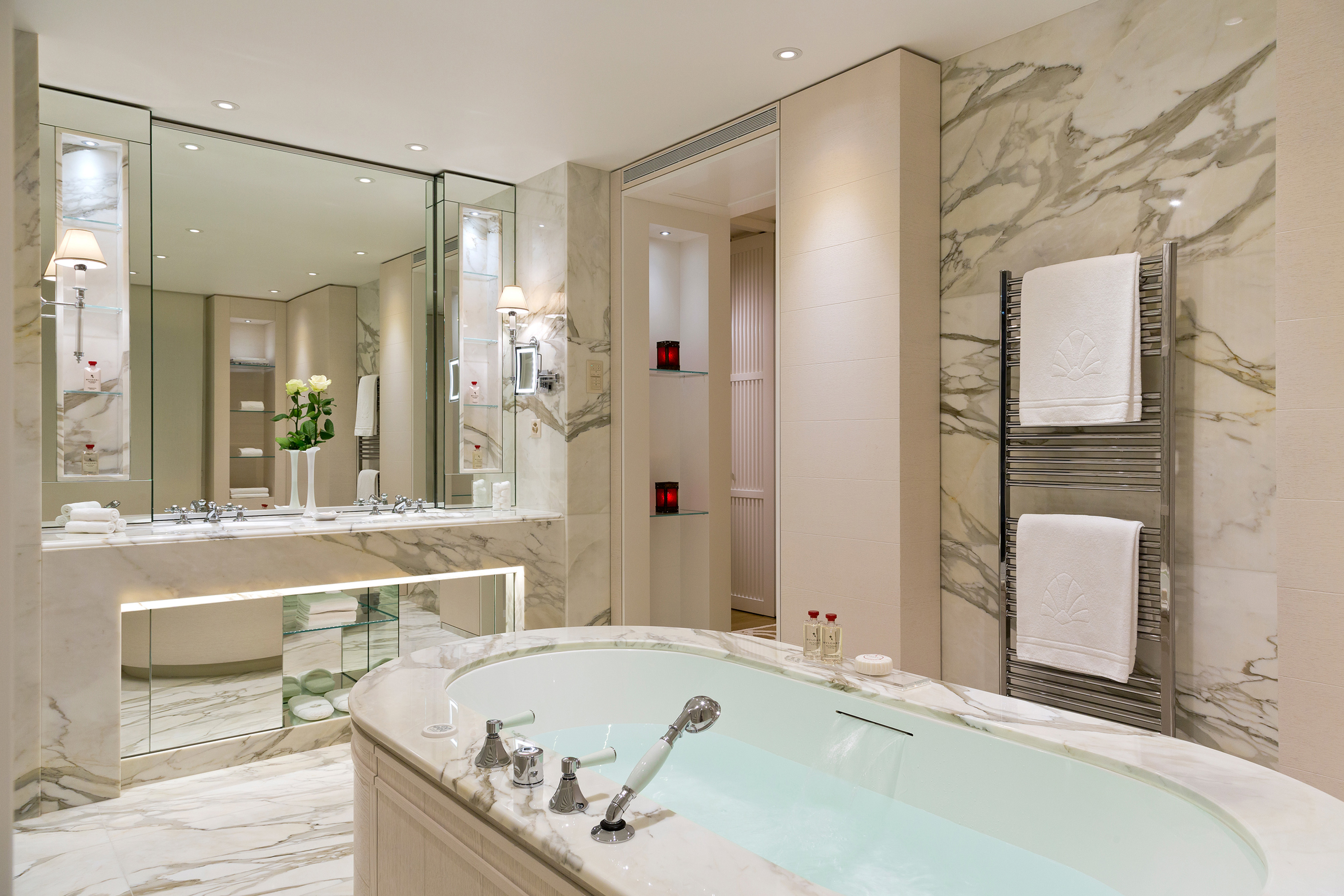 Chauffage sèche-serviettes DB Distribution à l'hôtel Beau Rivage à Lausanne
