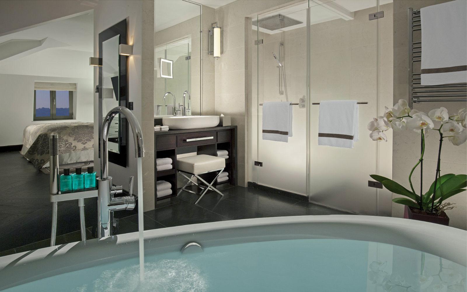 Sèche-serviettes DB Distribution à l'hôtel Royal Savoy à Lausanne